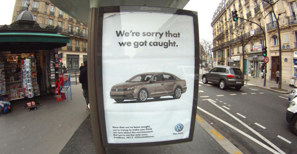 Paris'te 600 Açıkhava Panosu Ele Geçirildi: Hedef, İklim Zirvesine Katılan Liderler Ve Sponsor Markalar