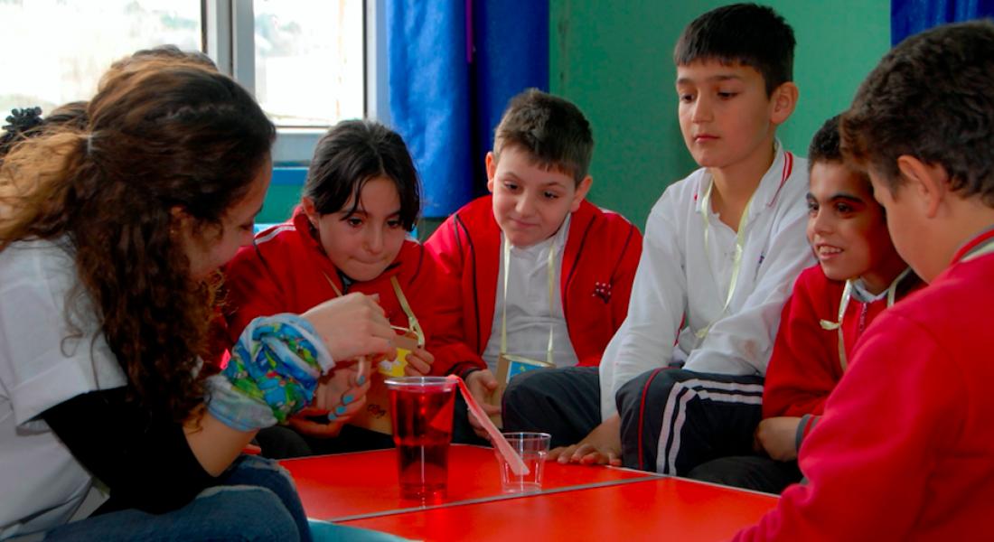 Bayer Türk, Türkiye'nin Dört Bir Yanına Bilim Tohumları Ekiyor