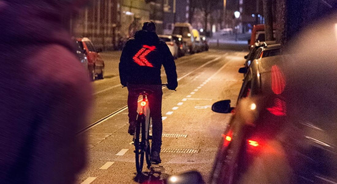 Vodafone, Bisiklet Sürücüleri İçin Akıllı Mont Geliştirdi
