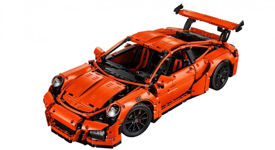 2.704 Parçayla Oluşturabileceğiniz Porsche 911 GT3 RS LEGO Seti