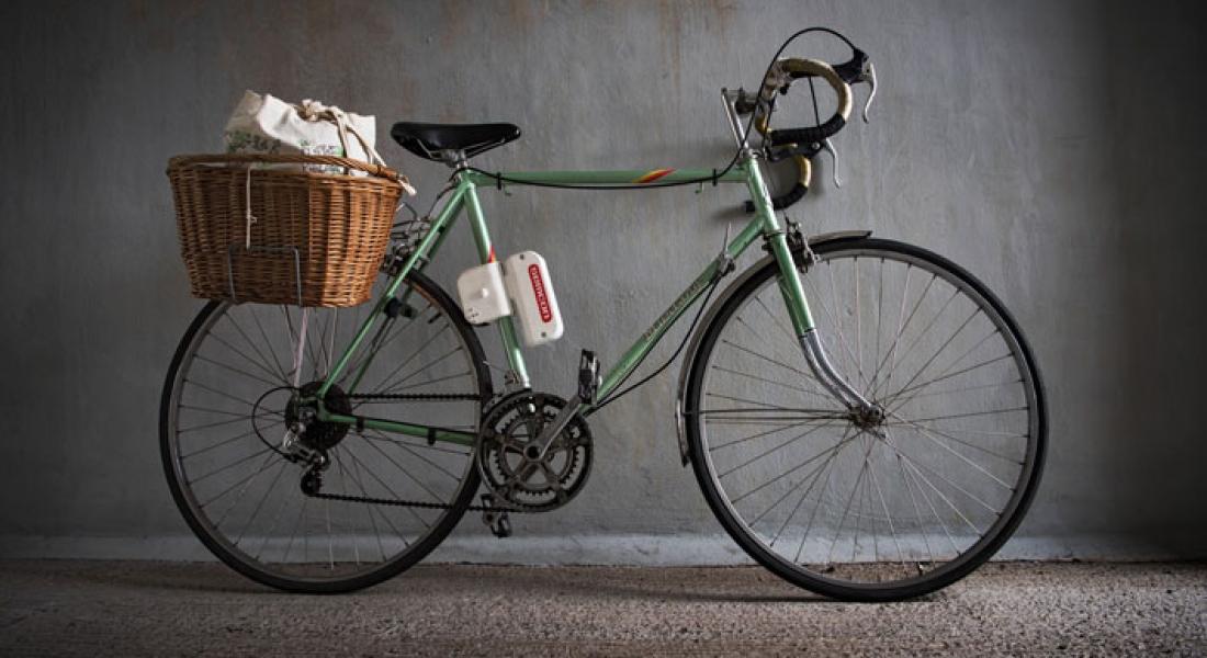 Her Bisikleti Elektrikli Bisiklete Dönüştürebilen Portatif Motor