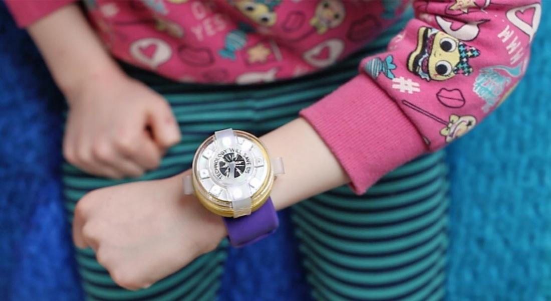 Çocuklara Kodlamayı Öğreten Akıllı Saat