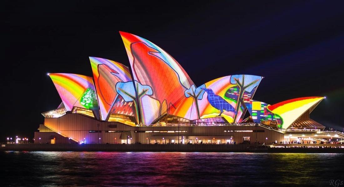 Sidney'i Işık Yerleştirmeleriyle Kaplayan Festival: Vivid Sydney