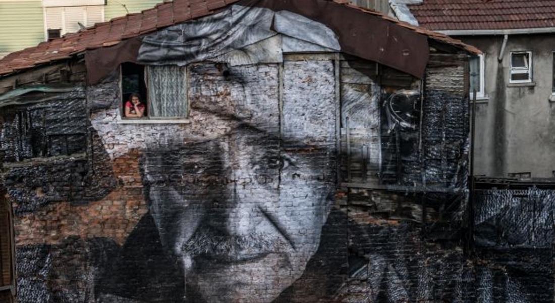 JR'ın İstanbul'da Yaptığı Muralların Hikayesi Kısa Film Oldu