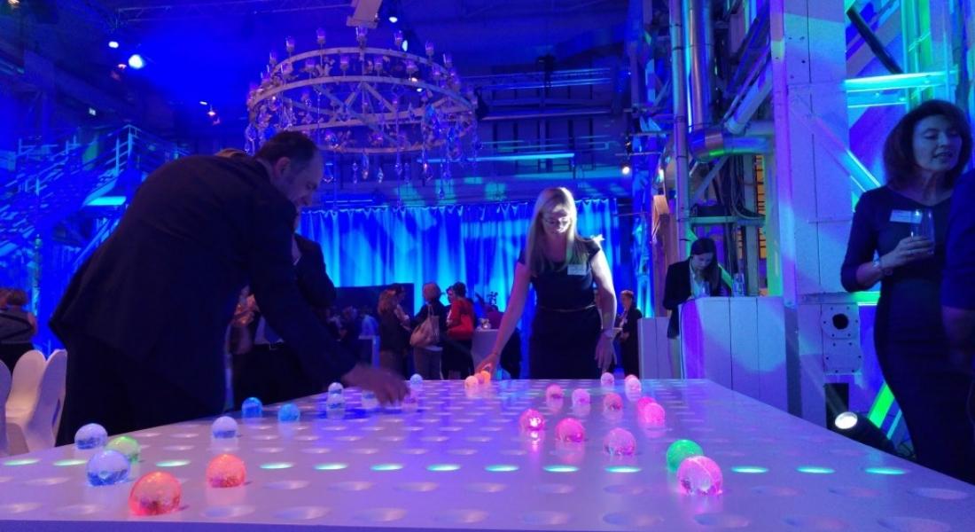 GRIDI: Plastik Toplarla Kolektif Müzik Yapma Keyfi