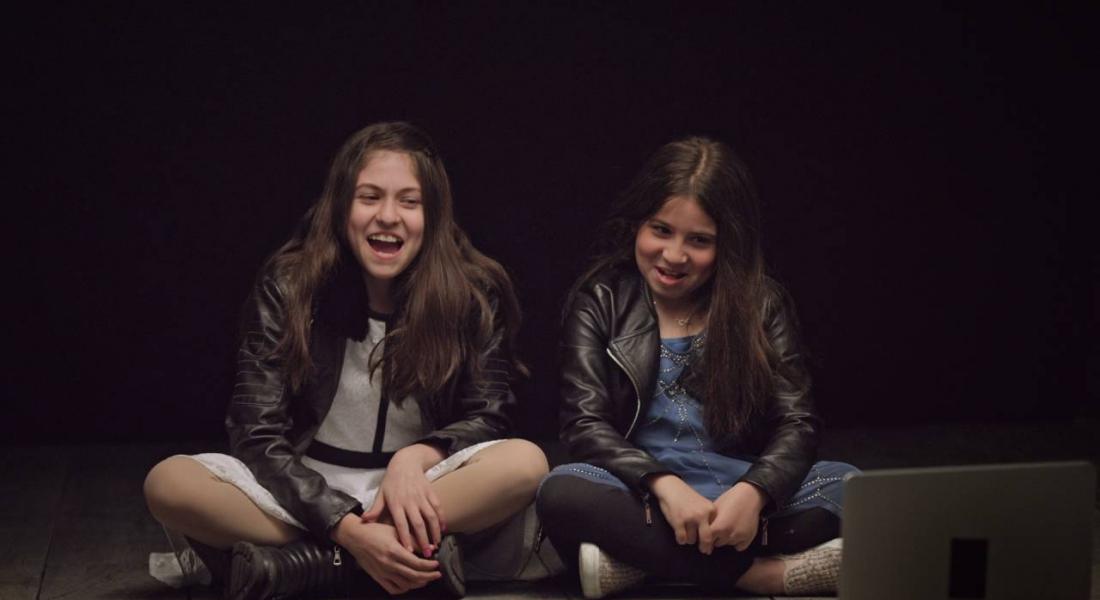 Reklamlarda Metalaştırılan Kadınlara Çocukların Gözünden Bakın