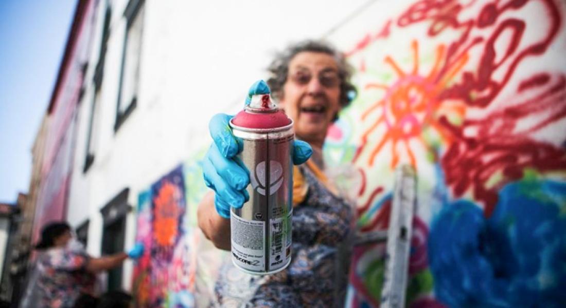 Graffitici Asi Büyükanneler