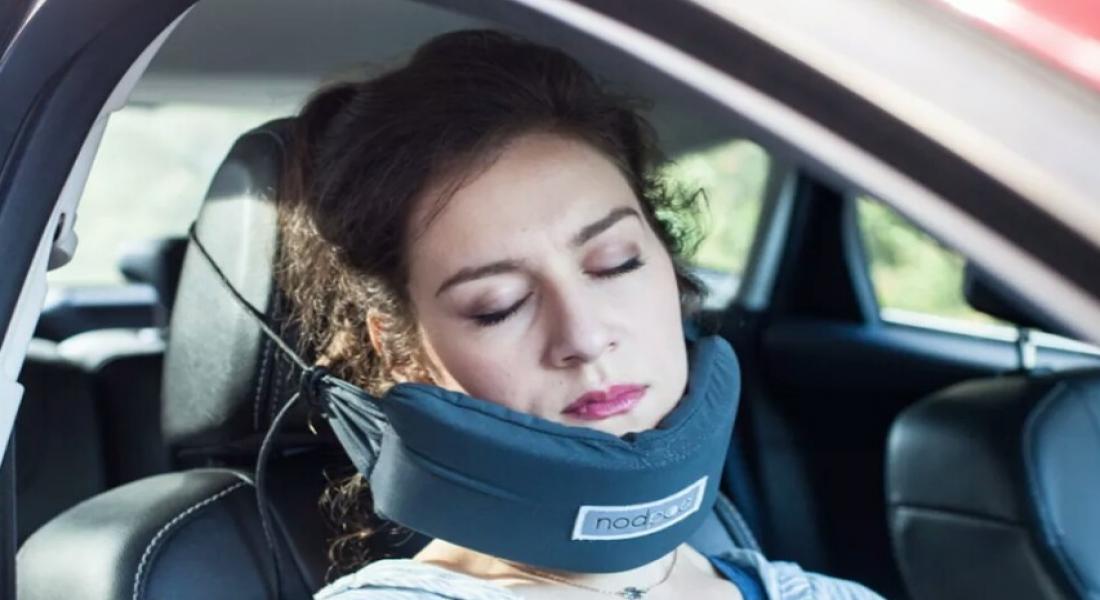 NodPod Baş Hamağı Yolculukta Uyumayı Kolaylaştırıyor
