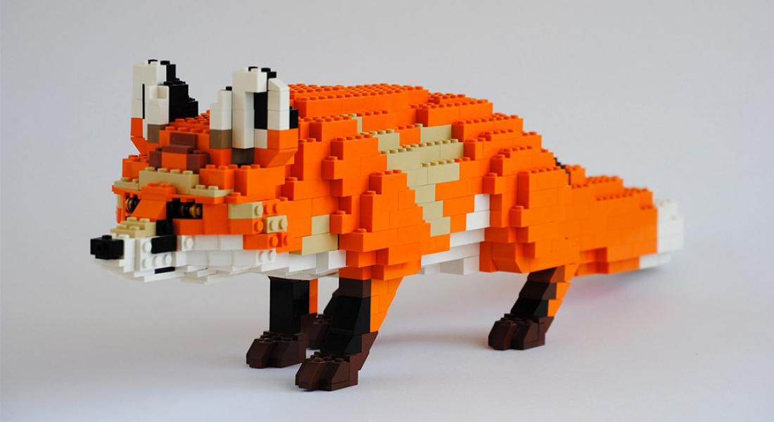 LEGO Parçalarıyla Oluşturulan Hayvan Heykelleri