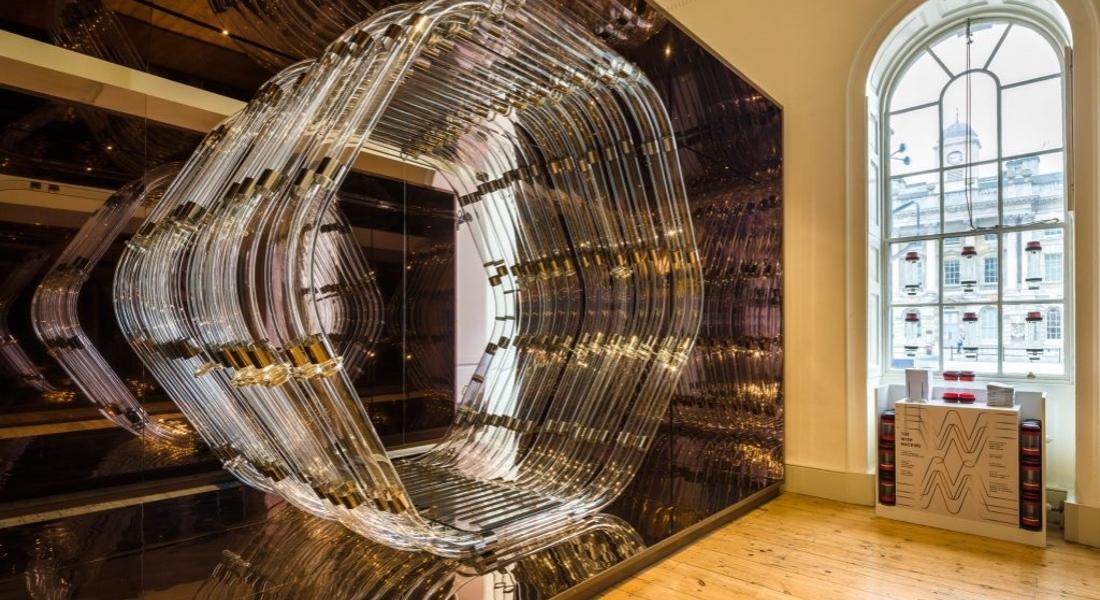 Autoban'dan Londra Tasarım Bienali'ne Basınçlı Mesajlaşma Tüpleriyle Dilek Ağacı