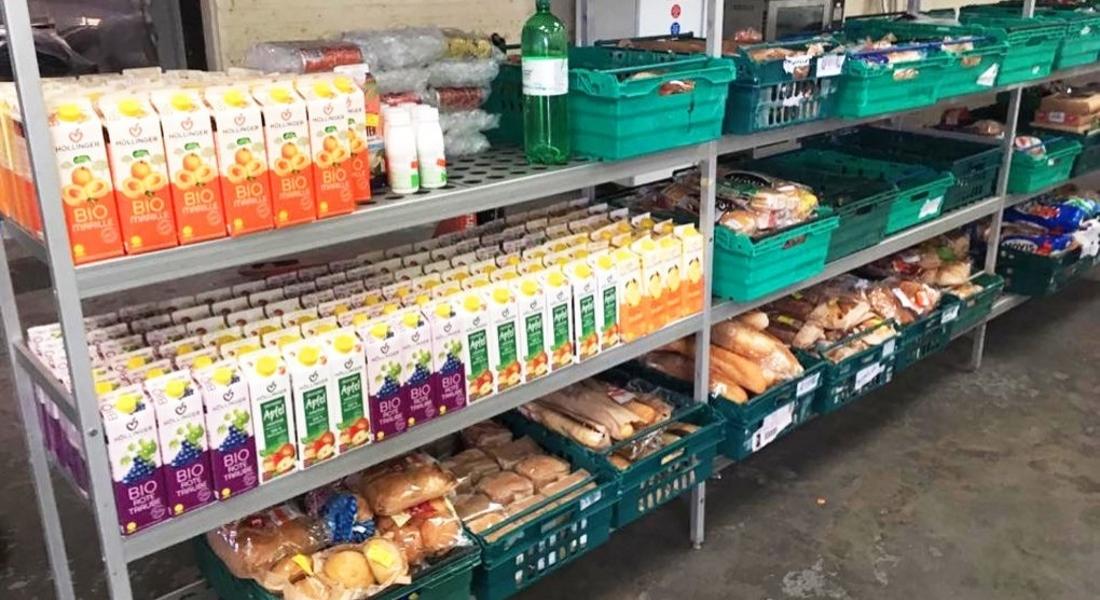 İngiltere'de Fiyatını Müşterilerin Belirlediği Artık Yiyecek Süpermarketi Açıldı