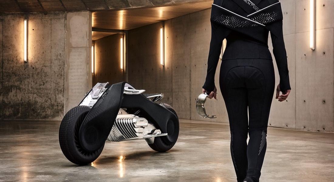 BMW'den Hiçbir Şekilde Devrilmeyen Geleceğin Motoru: BMW Motorrad VISION NEXT 100