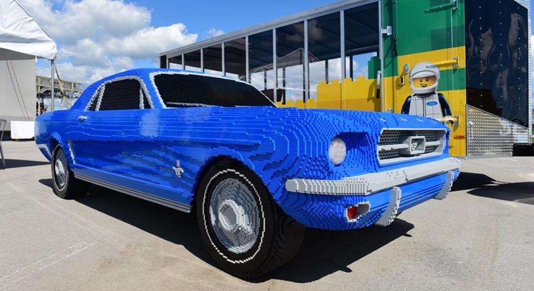 Tamamen LEGO'lardan yapılmış Gerçek Boyutlarında 1964 Ford Mustang