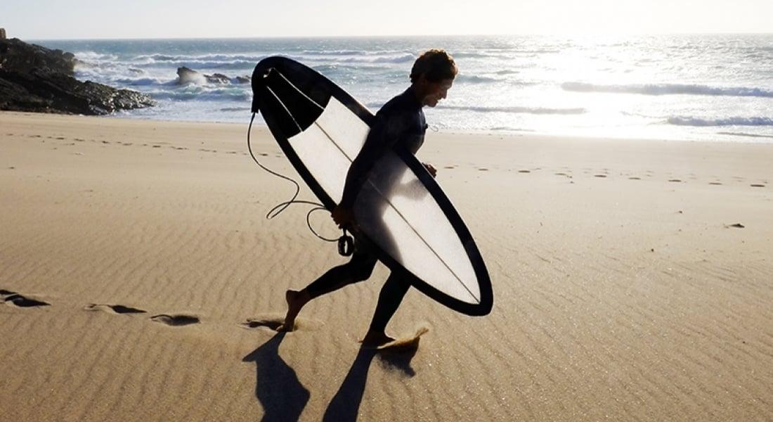 Kırıldığında Kolayca Onarılabilen Yarı Saydam Sörf Tahtası: Hiveboard