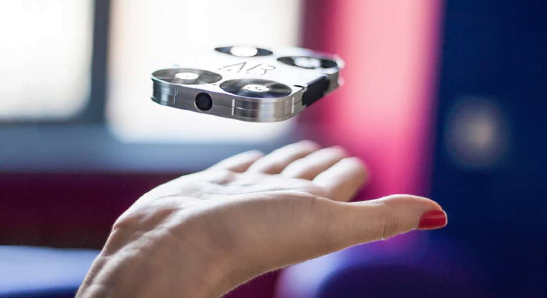 Uçan Kamera ile Selfie Çılgınlığında Son Nokta