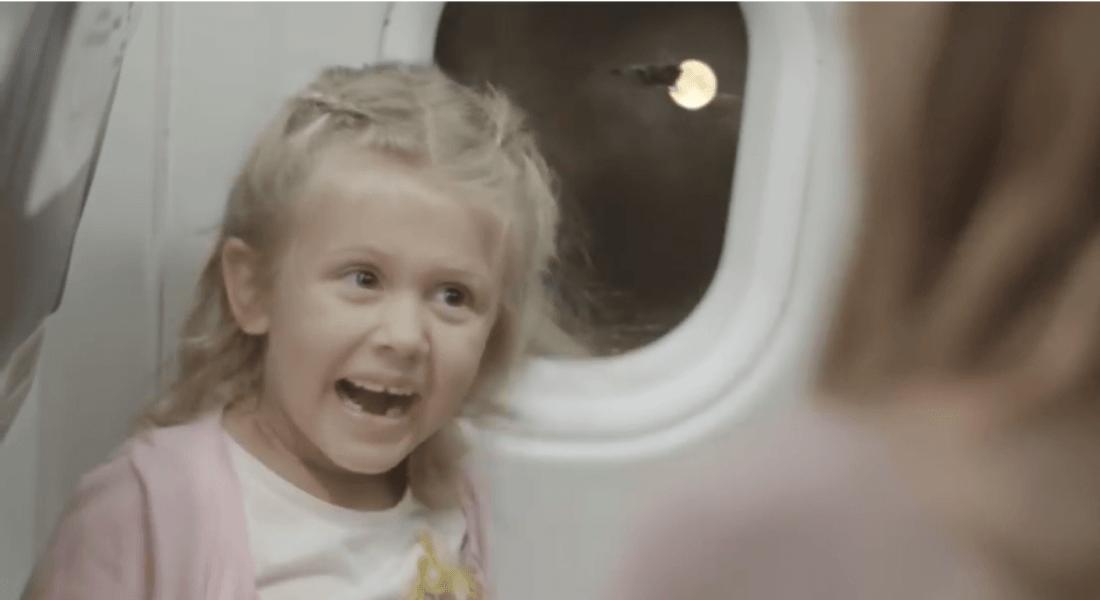 Noel'in Sihrini Yaşatan Bir Uçak Yolculuğu