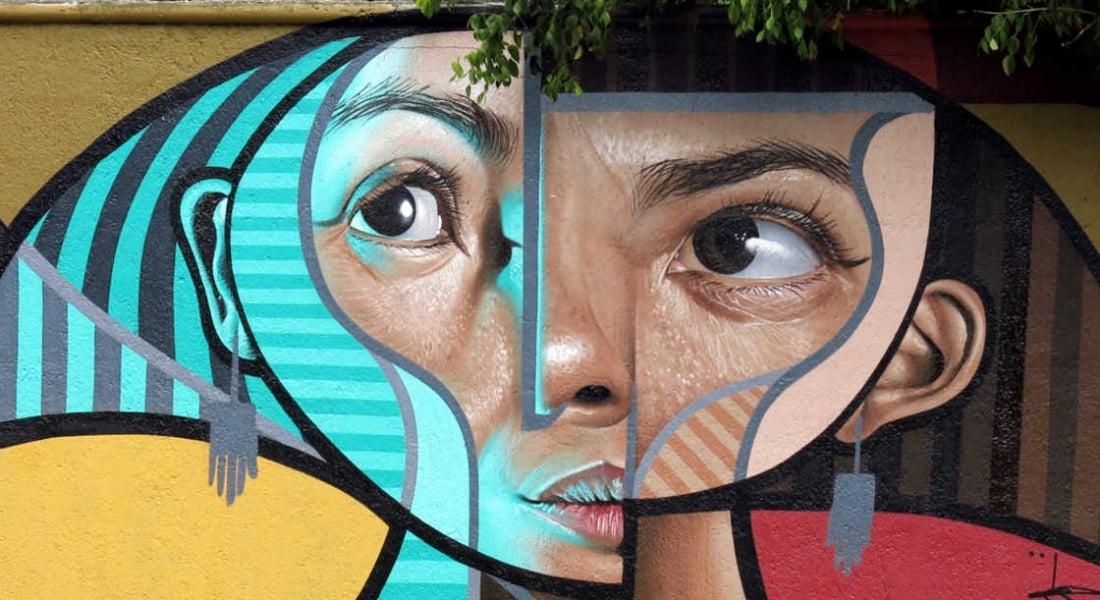 Kübist ve Gerçekçi Dünyaları Buluşturan Duvar Resimleri