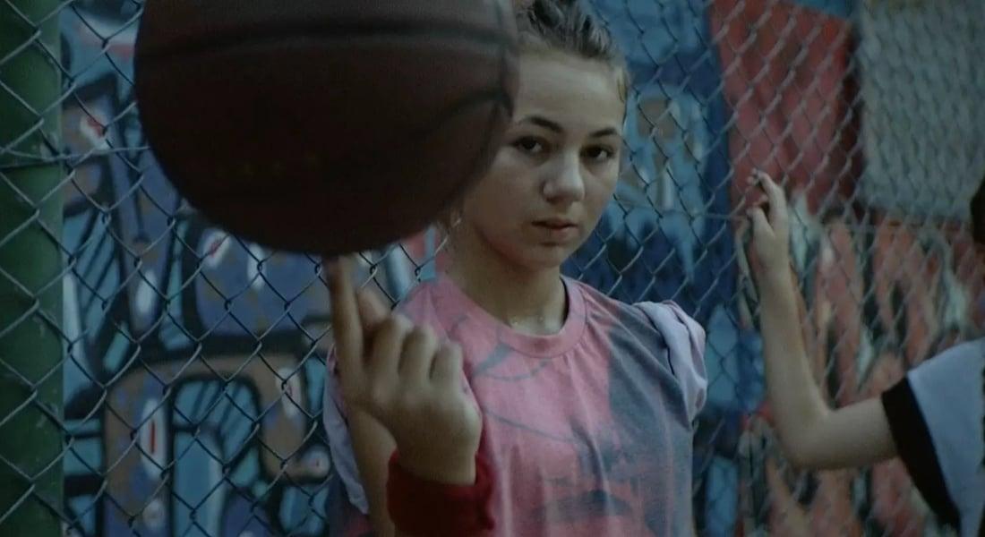 Spor Yapan Güçlü Kızlar