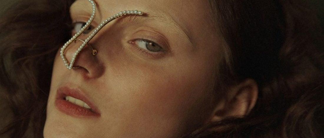 Standart Güzellik Anlayışına Karşı Kusurları Yücelten Mücevherler