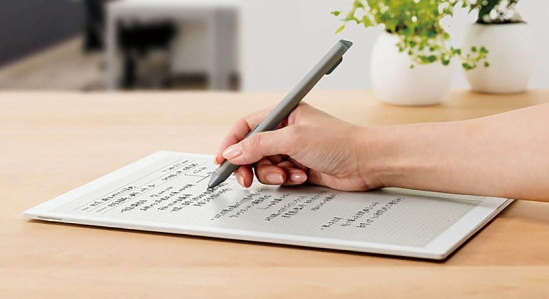 Sony'den Kağıda Yazma Hissi Veren A4 Tablet