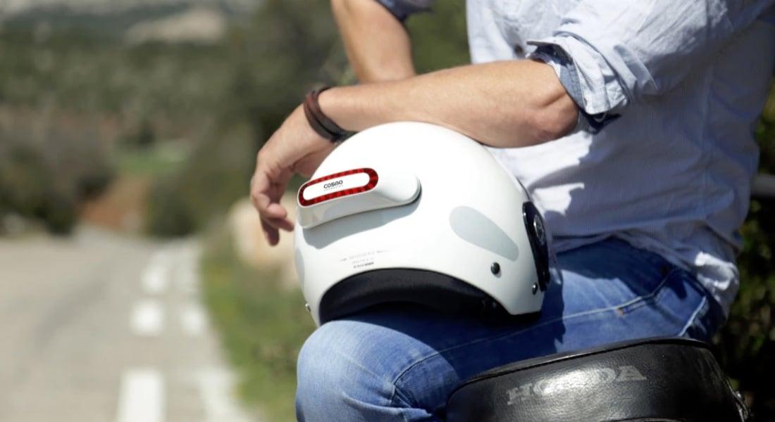 Motosiklet Sürücüleri İçin Kask Arkası Tak-Çıkar Fren Lambası