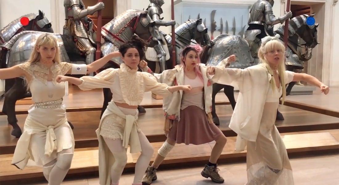 Metropolitan Müzesi'nde Gizlice Çekilen Müzik Videosu