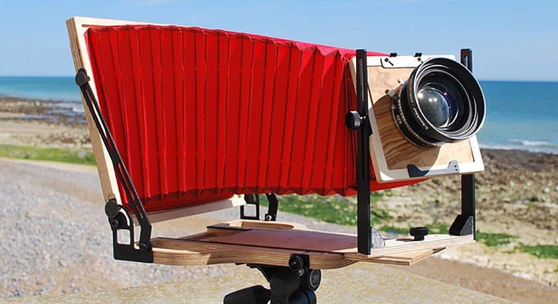 Modern Tekniklerle Yeniden Tasarlanan Büyük Boy Fotoğraf Makinesi
