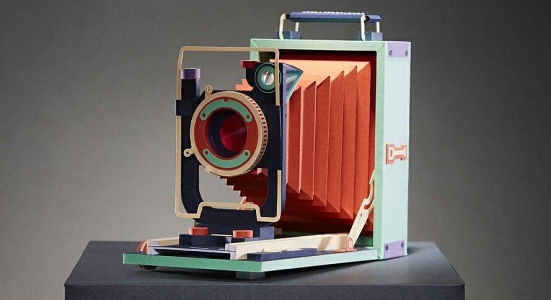 Eski Fotoğraf Makineleri Kağıt Sanatıyla Yeniden Doğdu