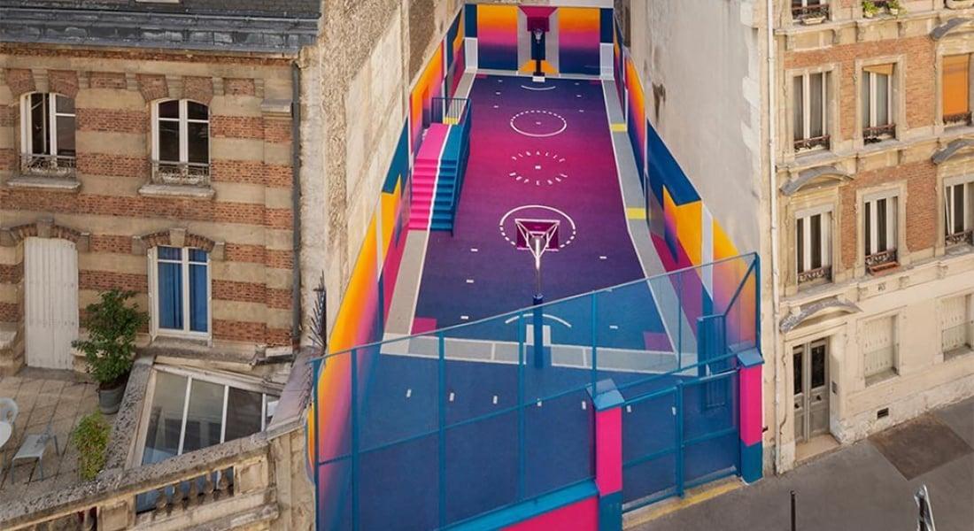 Paris'te Sıra Dışı Renklerle Hayat Bulan Basketbol Sahası