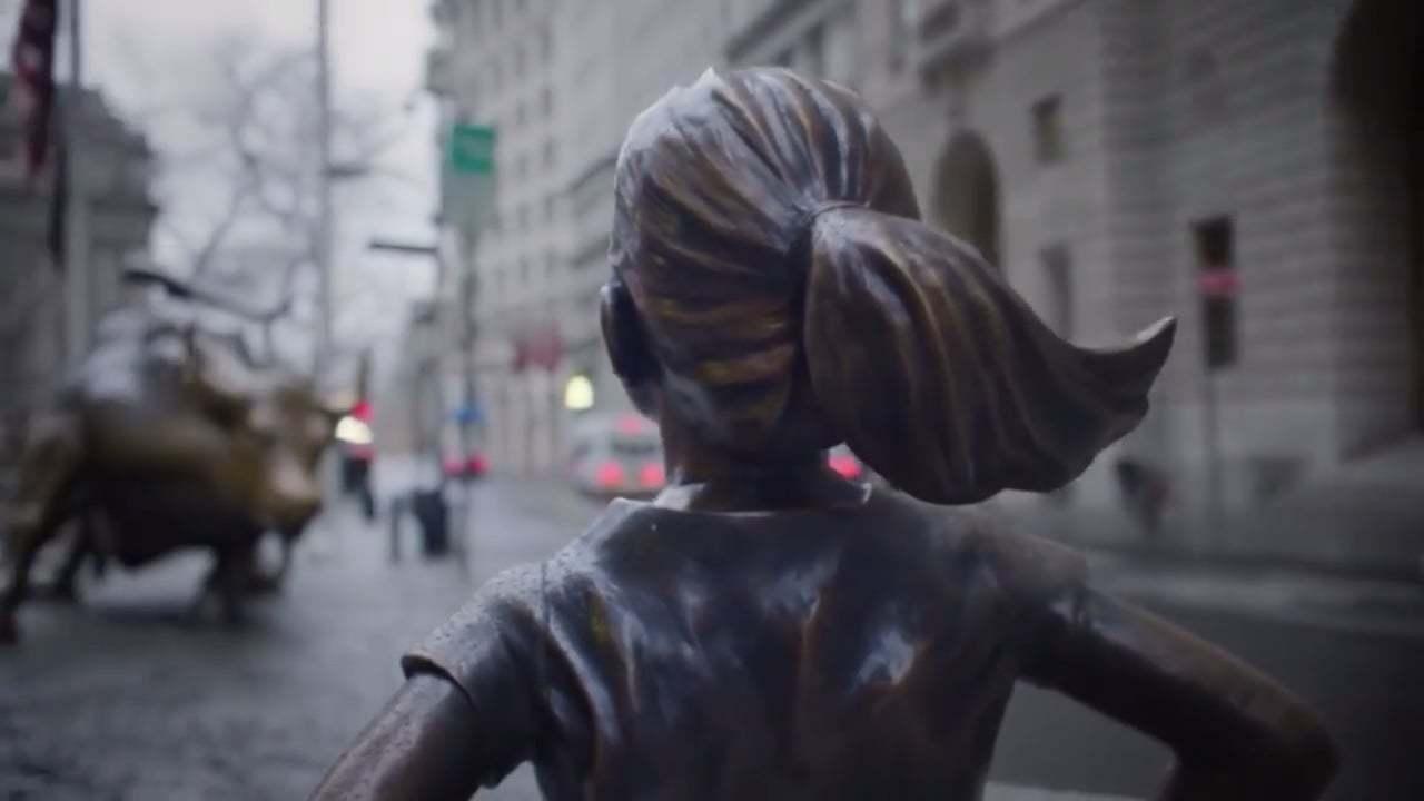 Korkusuz Kızın Ardındaki İroni
