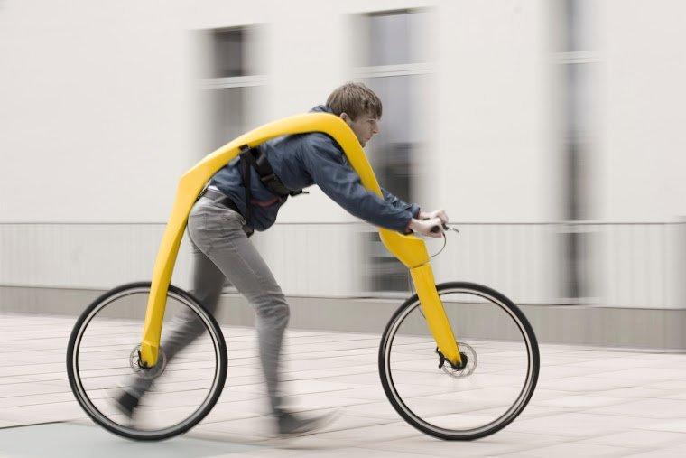 Asılı Durarak Kullanılan Pedalsız Bisiklet