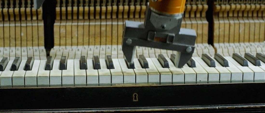 Endüstriyel Robotlardan Oluşan Müzik Grubu