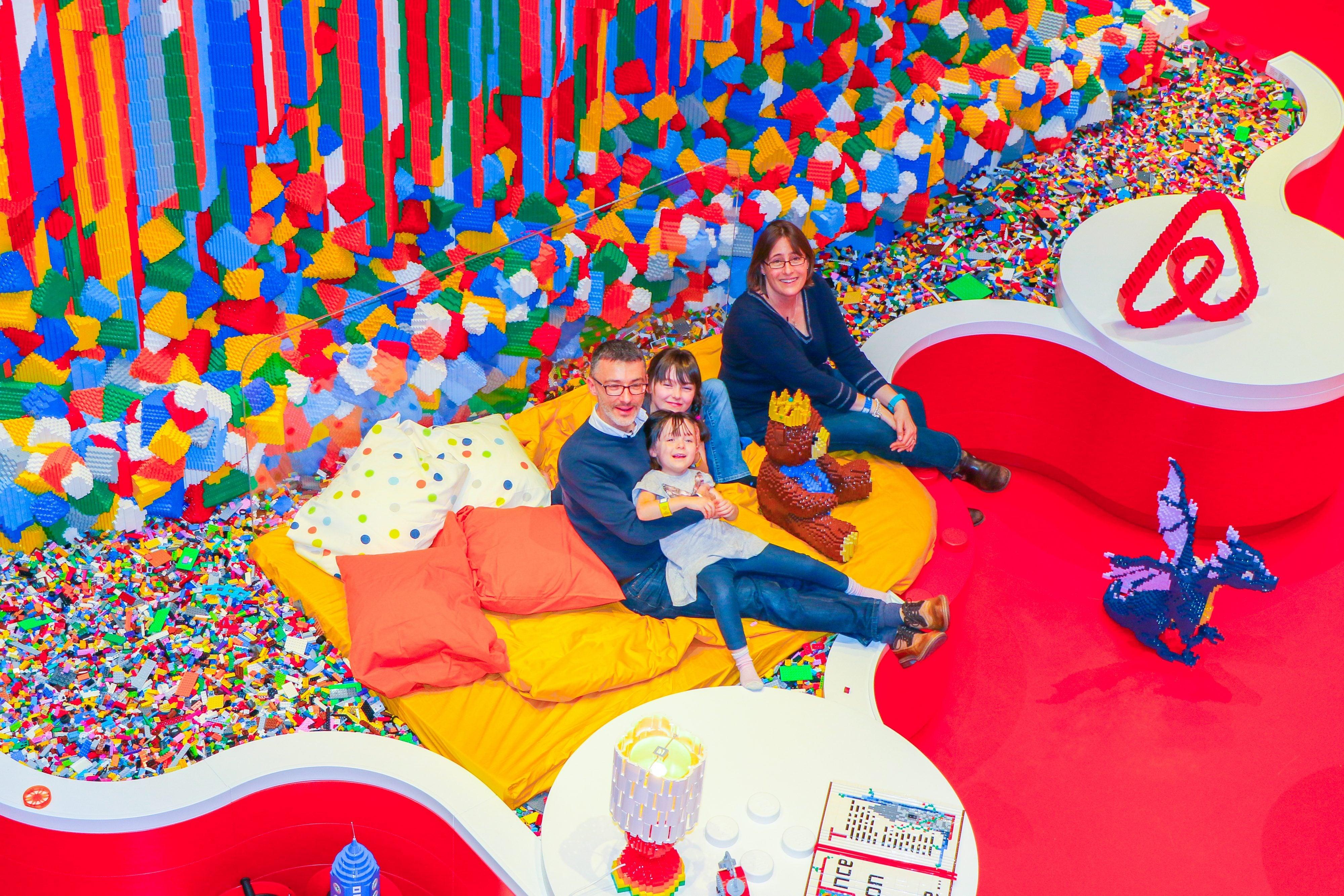 lego evi airbnb lego yarışma bigumigu