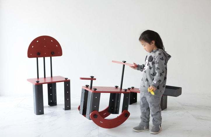 Çocuklar Kendi Mobilyasını Kendisi Yapsın