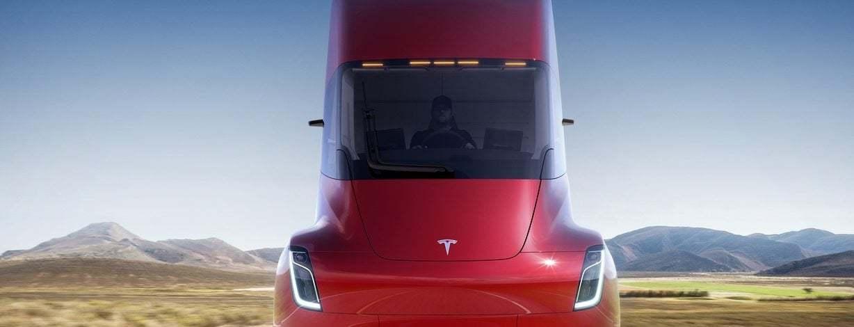 Tesla'nın Yeni TIR'ı Bir Spor Otomobil Kadar Zarif ve Güçlü