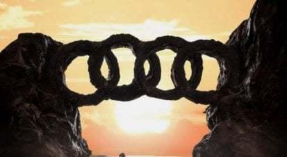 Ünlü Markaların Logoları Maketlerle Yeniden Kurgulandı