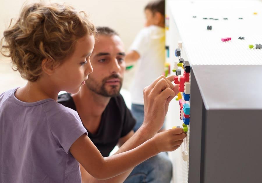 LEGO Uyumlu Mobilyalarla İçindeki Çocuğu Uyandır