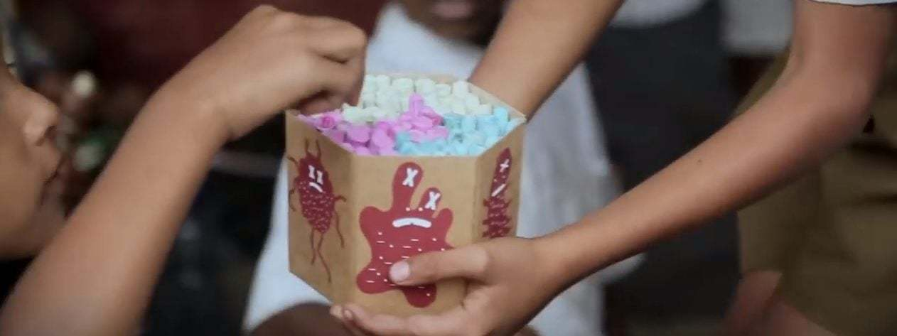 tebeşir_savlon india_ogilvy mumbai_savlon healthy hands chalk sticks_hindistan_cannes lions 2018_bigumigu_