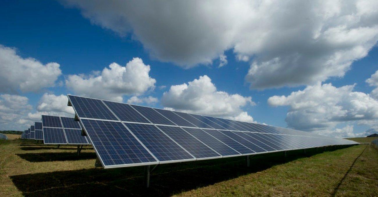 Yağmurdan da Enerji Toplayan Hibrit Güneş Panelleri