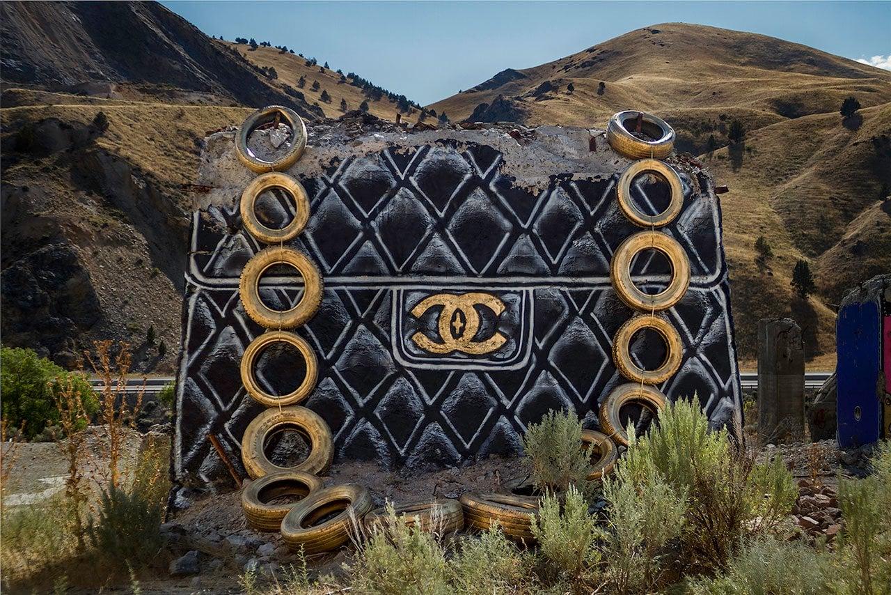 Yıkık Dökük Yapılardan Son Moda Tasarım Çantalar