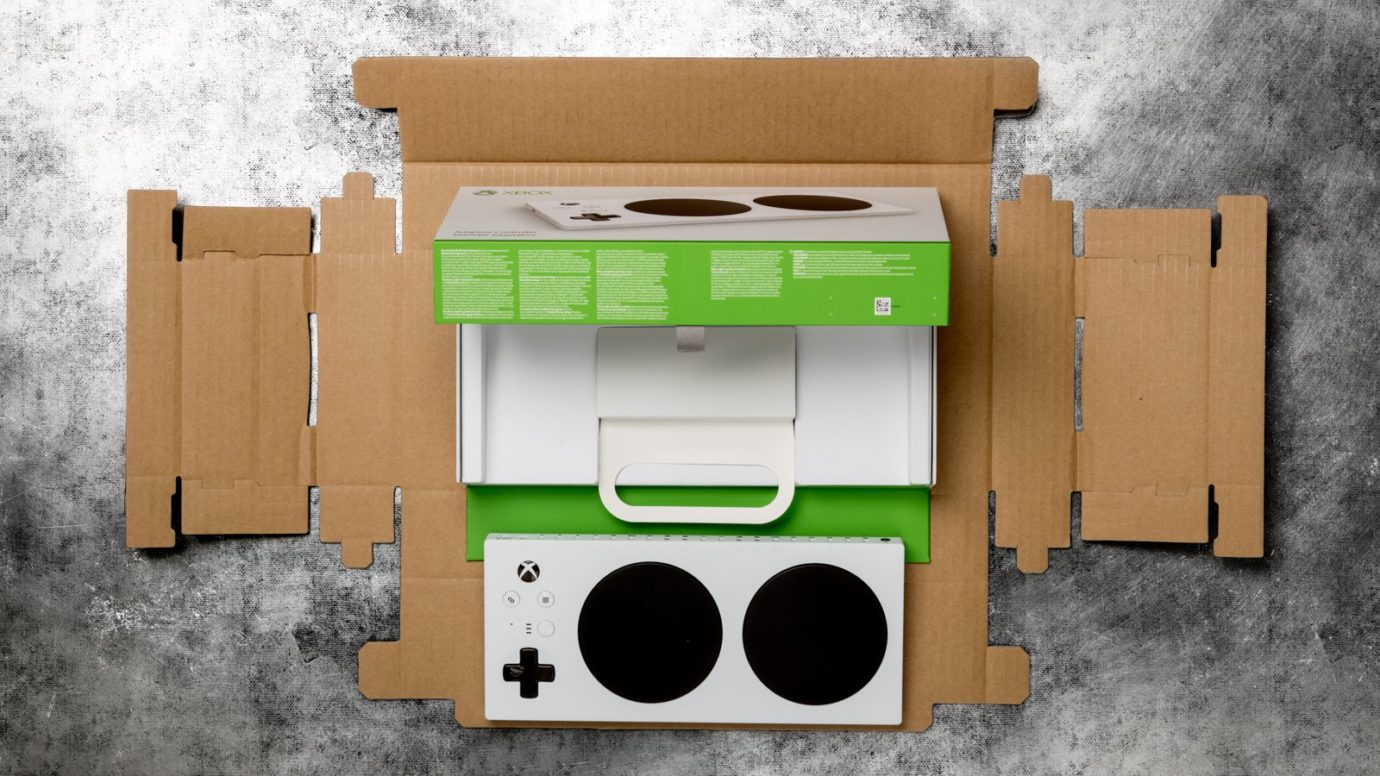 Xbox Adaptive Controller'dan Bir Ders Daha: Basit Ambalaj Tasarlamak