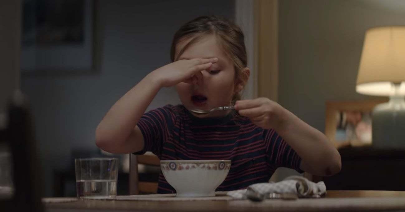 Küçük Bir Kızın Sebze Çorbasını Keşfi