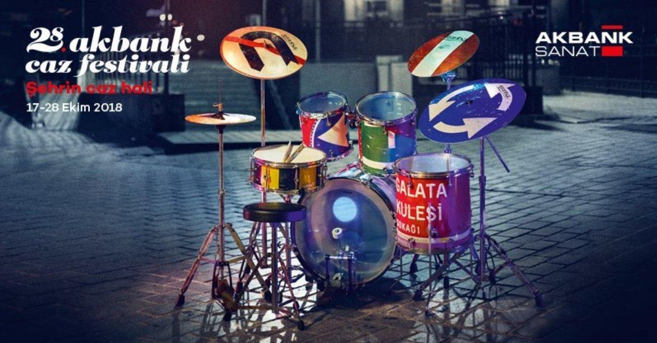 Enstrümana Dönüşen Sokak Tabelaları 28. Akbank Caz Festivali'ni Müjdeliyor