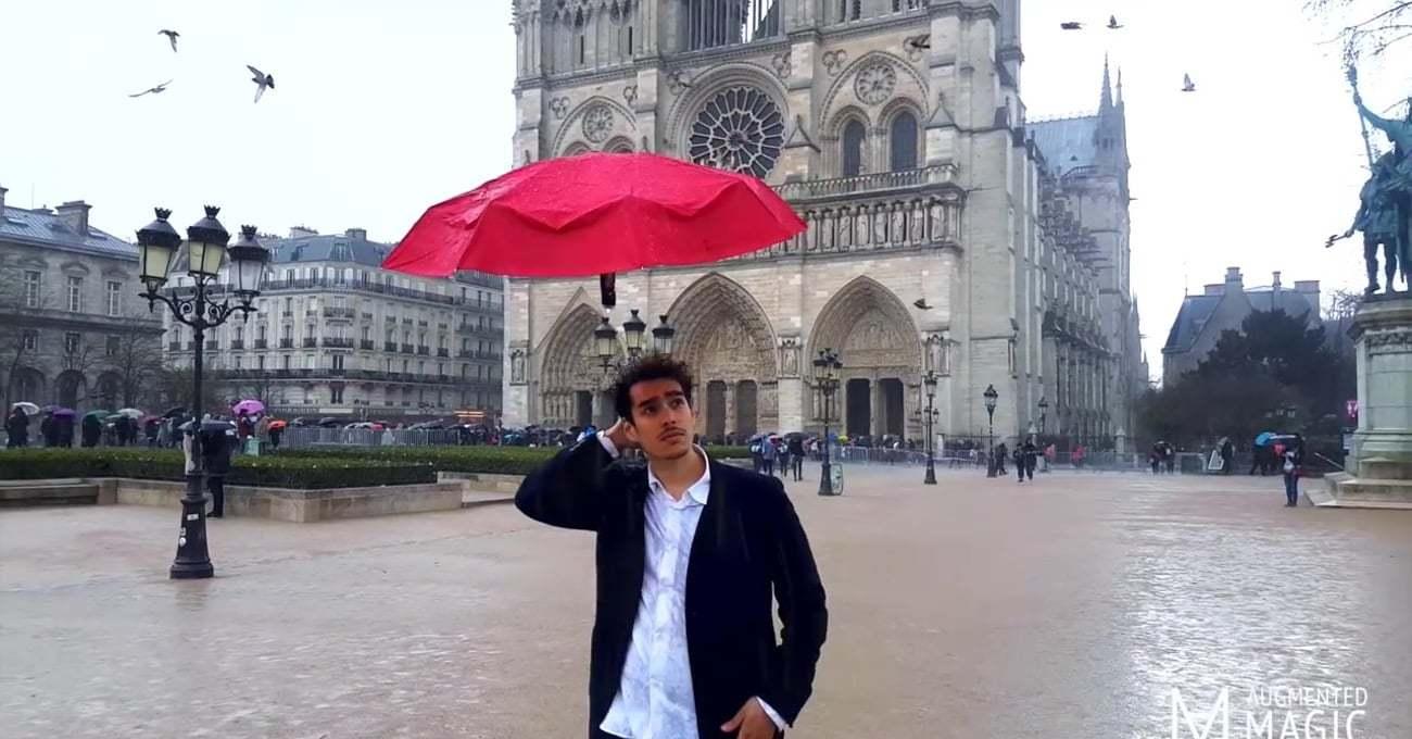 Baş Üstünde Süzülen Şemsiye: DroneBrella