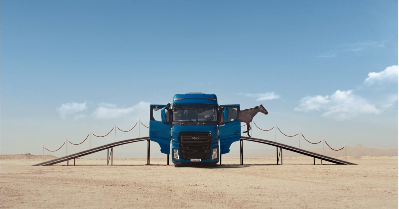 Yılın Kamyonu Ford Trucks F-MAX'in Masalsı Reklam Filmi