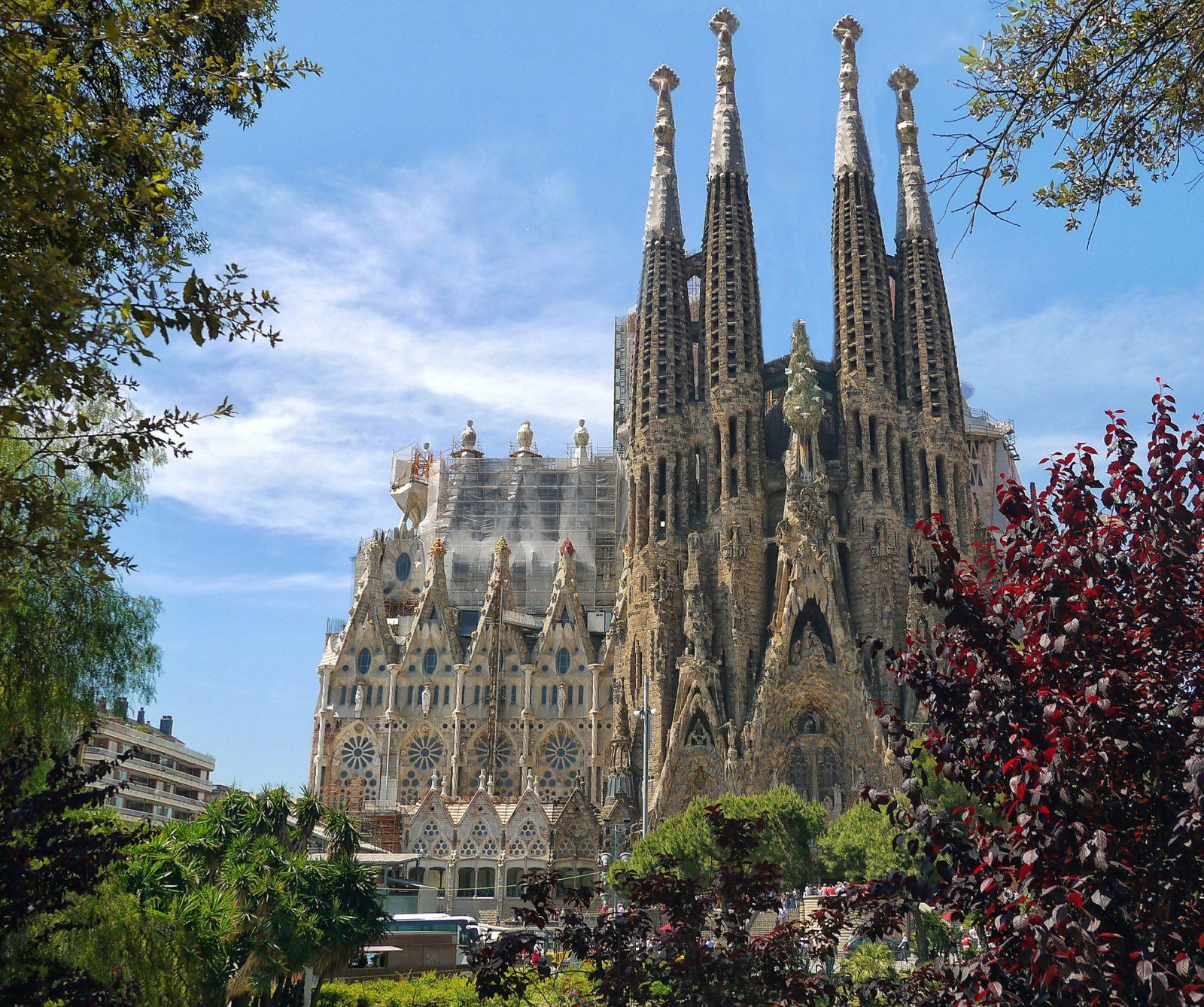Sagrada Familia'ya 136 Yıl Sonra Kesilen Fatura