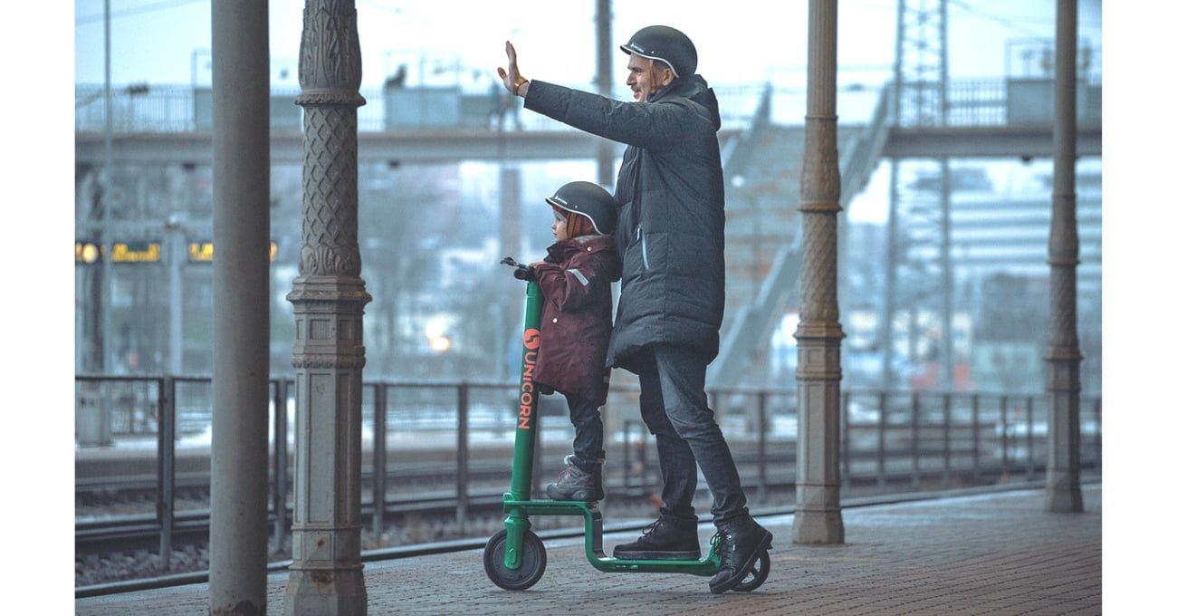 Unicorn Scooter Çocuğunuzu veya Eşyalarınızı Yanınıza Alabileceğiniz Elektrikli Scooter