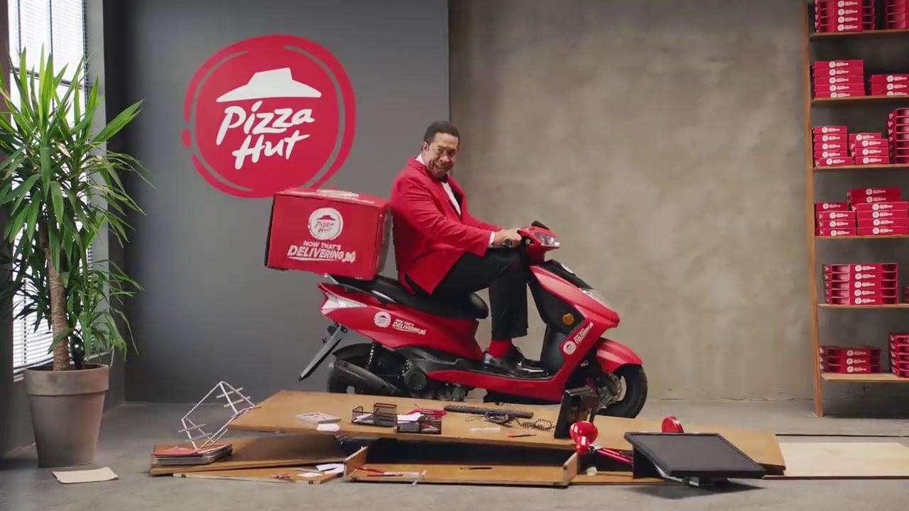 Pizza Hut'ın Evlere Servis Yapan Bir Restoran Olduğunu Biliyor Muydunuz?