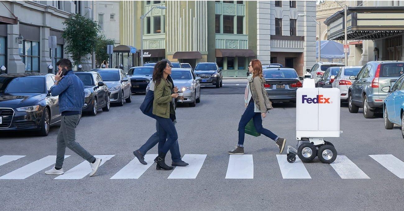 FedEx'in Sokaklarda Engel Tanımayan Yeni Teslimat Robotu
