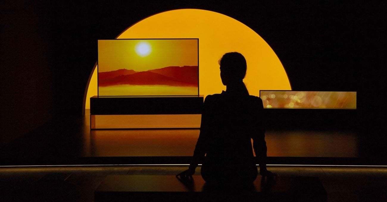 LG'nin Kıvrılan Televizyonunda Foster + Partners Ortaklığı Ortaya Çıktı